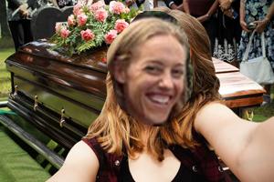 selfie-funeral1